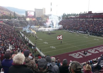 Washington-Grizzly Stadium, Montana Grizzlies come onto the field