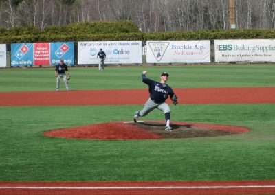Maine Black Bears Pitcher