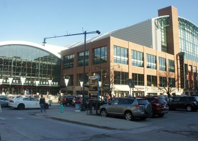 Bankers Life Fieldhouse, exterior