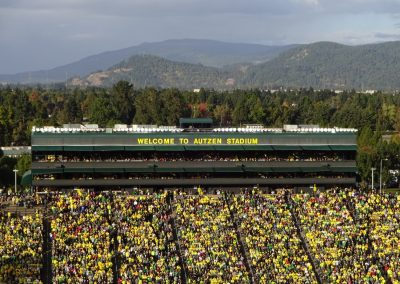 Autzen Stadium, Scenic Backdrop