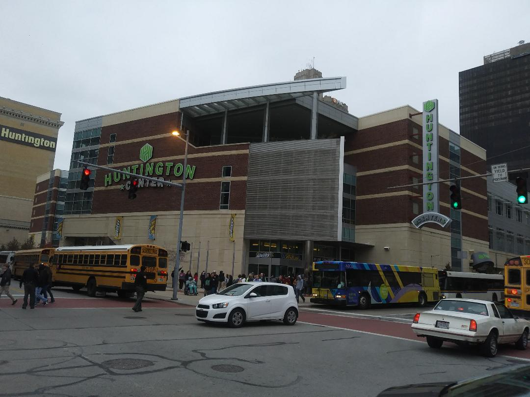 Huntington center toledo walleye stadium journey for The huntington