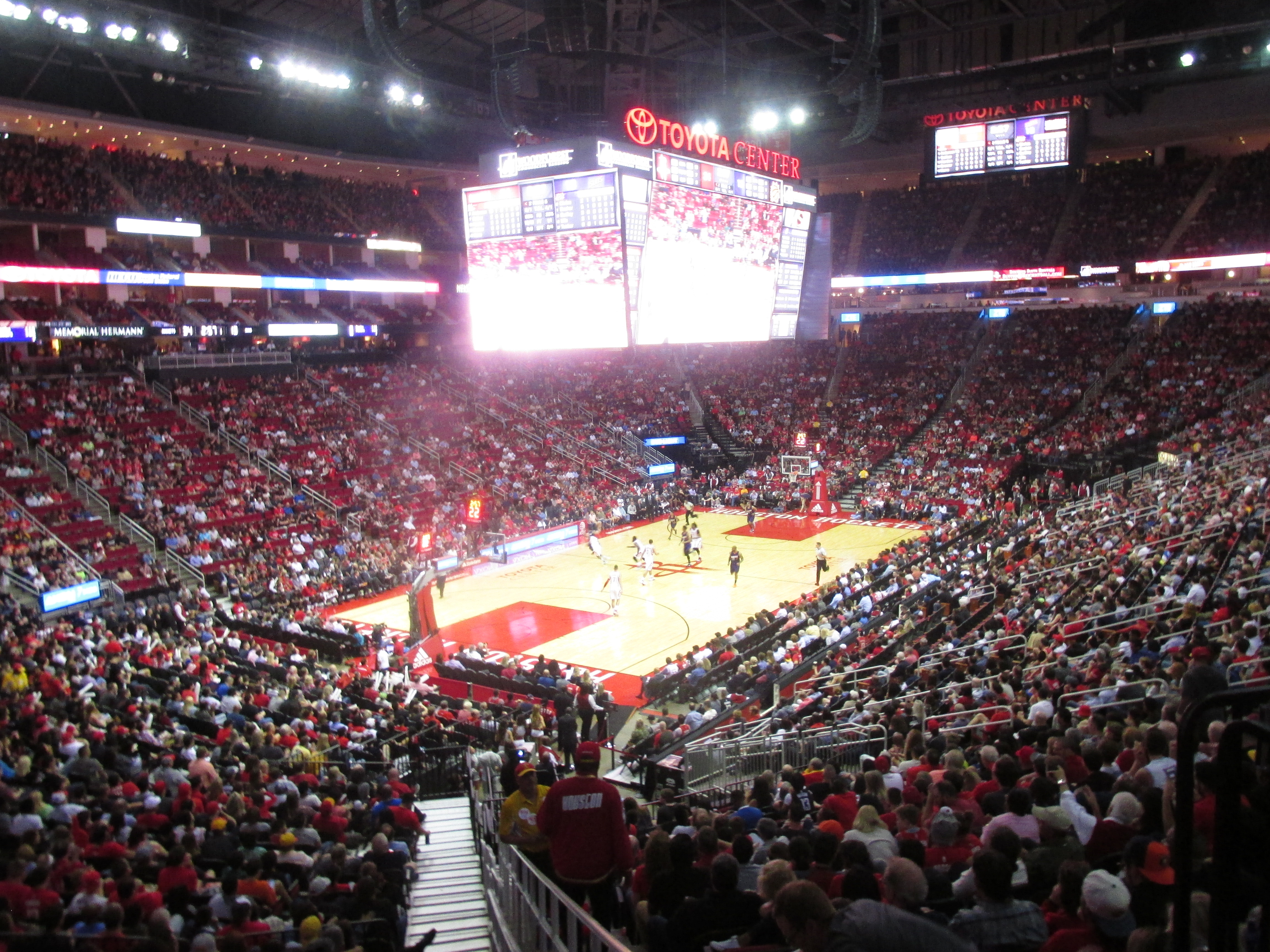 Toyota Center, The Rockets In Action