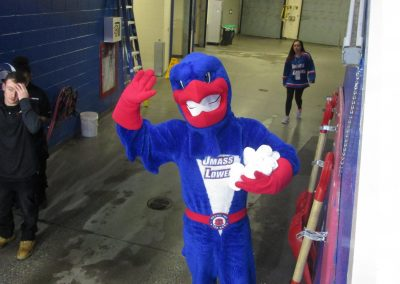 Rowdy Gets Ready for T-Shirt Toss at Tsongas Center