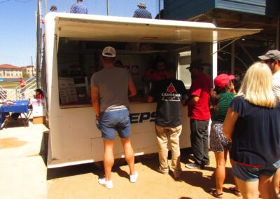 Roadrunner Field, Concessions