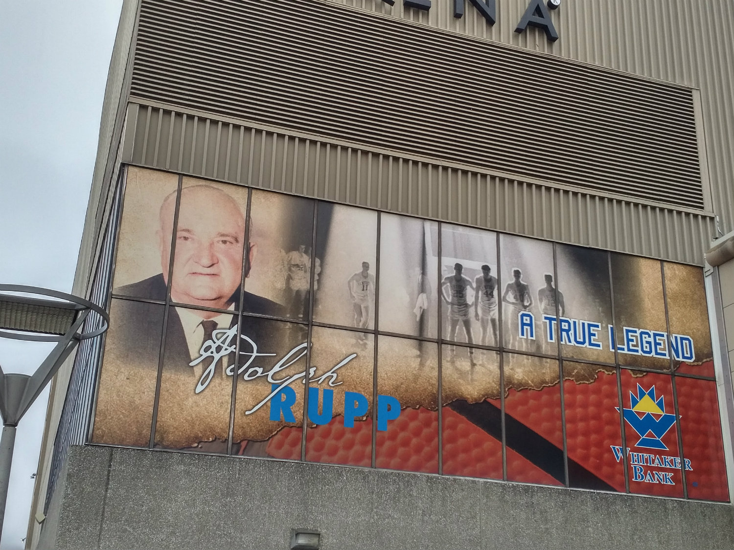 Rupp Arena Rafters Getting Painted Blue: Rupp Arena – Kentucky Wildcats