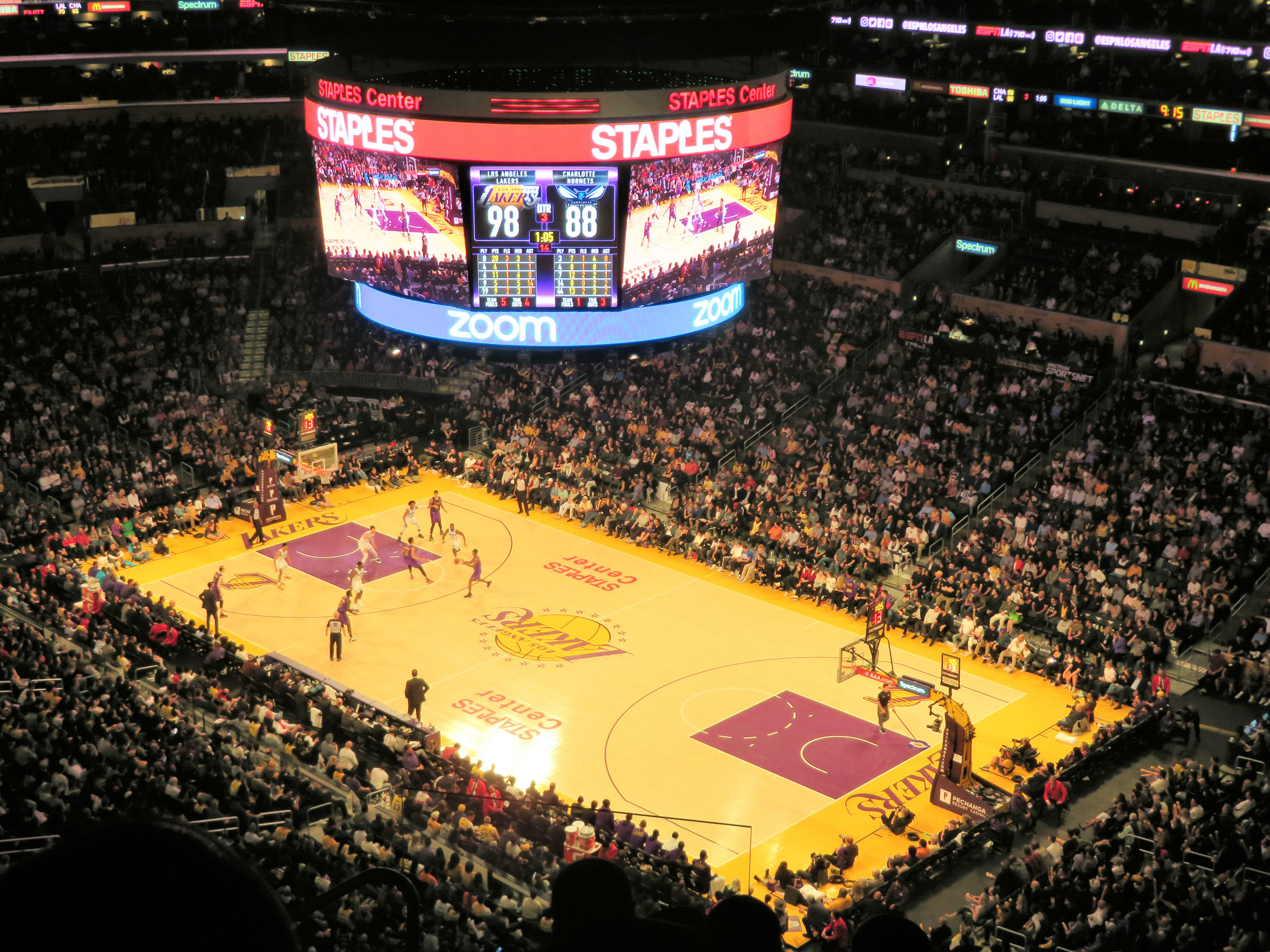 best sneakers a1231 ffa4a Staples Center – Los Angeles Lakers | Stadium Journey